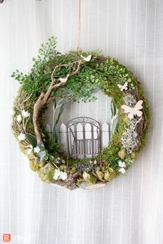 Door wreaths - door wreath summer Hollywood swing 1 - a unique design by Rotk ., Door Wreaths - Door Wreath Summer Hollywood Swing 1 - a unique product by Rotkopf-design on DaWanda. Summer Door Wreaths, Easter Wreaths, Wreaths For Front Door, Wreath Crafts, Diy Wreath, Couronne Diy, Arte Floral, Summer Diy, Spring Crafts