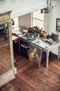 Take a Tour Through Artist Bill Jacklin's Studio.