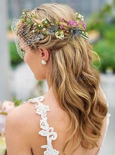 Are you looking for a charming hairstyle for the big day? We show you the most beautiful bride hairstyles From… Are you looking for a charming hairstyle for the big day? We show you the most beautiful bride hairstyles From… Wedding Hair Half, Wedding Hairstyles Half Up Half Down, Wedding Hair Flowers, Wedding Hair And Makeup, Wedding Updo, Wedding Hair Accessories, Flowers In Hair, Hair Pieces For Wedding, Bridal Hair Half Up With Veil