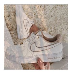 Dr Shoes, Swag Shoes, Cute Nike Shoes, Cute Nikes, Cute Sneakers, Nike Air Shoes, Hype Shoes, Jordan Shoes Girls, Girls Shoes