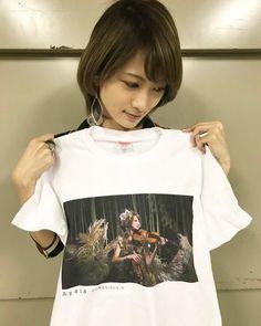 ③2018/1/24発売の「CHRONICLE Ⅴ」のジャケット写真の見開きの状態がプリントされたTシャツも販売!💚  ◆「Ayasa 5th Mini ALBUM『CHRONICLE Ⅴ』ジャケット写真プリント限定Tシャツ」 ¥4,000-