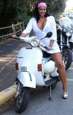 Scooter Bike, Vespa Scooters, Motorbike Girl, Hot Bikes, Biker Girl, Cute Dresses, Clothes For Women, Girls, Wheels