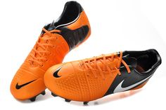 Chaussures de foot nike CTR360 Maestri III FG Orange Noir Blanc pas cher