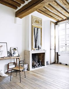 Tour a rustic apartment in Paris. Interior inspiration of a whitewashed apartment in Paris. White Apartment, Rustic Apartment, Paris Apartment Interiors, Studio Apartment, Apartment Therapy, Small Space Living, Small Spaces, Cool Apartments, Dream Decor