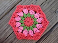 Life on Laffer: Granny-Style Hexagon Pattern