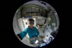 Amazing how much dust accumulates in the ventilation system. @Astro_Kimiya, your quarters are clean & ready for you!