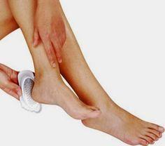 Los talones agrietados pueden presentarse por diferentes motivos, como: el uso de calzado incorrecto, el debilitamiento de la piel, una a...