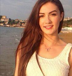 Turkish Women Beautiful, Turkish Beauty, Gorgeous Women, Beautiful Celebrities, Beautiful Actresses, Half Shaved Hair, Teenage Girl Photography, Handsome Actors, Crazy Girls