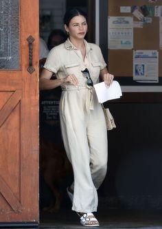 Cream Jumpsuit, White Jumpsuit, Birkenstock Sandals, White Birkenstock, Jenna Dewan, Up Styles, Her Style, Style Inspiration, Actresses