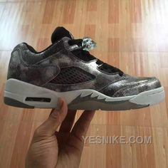 buy popular db686 49ee9 New Jordans Shoes, Air Jordan Shoes, Nike Shoes, Sneakers Nike, Jordan V