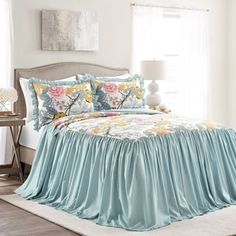 Lush Decor sells a variety of cottage style floral bedding for master and guest bedrooms, such as the Sydney 3 Piece Bedspread Set online. Ruffle Bedspread, Ruffle Skirt, Guest Bedrooms, Cottage Style Bedrooms, Blue Bedrooms, Cottage Chic, Ticking Stripe, Luxury Homes Interior, Bed Spreads