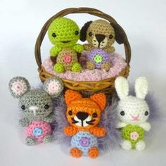 Little Pet Shop Minimals amigurumi pattern by Janine Holmes at Moji-Moji Design