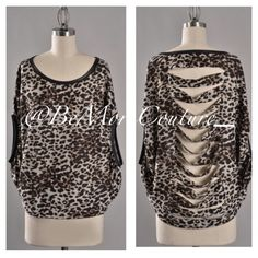 """Slasher"" Top with relaxed fit & slashed back! Comfy & Chic! Avail in S/M/L!"