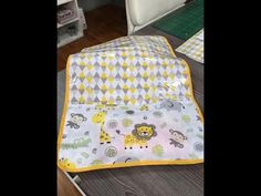 Cambiador de viaje con bolsillos - DIY pocket baby changing mat - YouTube