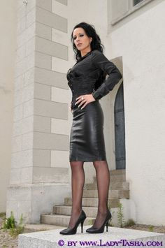 Leather Catsuit, Leather Outfits, Over The Knee Boots, Nylons, Hosiery, Corset, Fall Outfits, Leather Skirt, Friends
