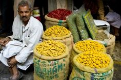 Seen Enough Monuments? Here are 12 Unusual Things to Do in Delhi: Visit Asia's Largest Wholesale Spice Market