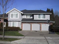 Second story addition over garage by Tenhulzen, via Flickr