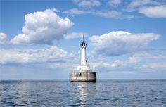 Green Bay Harbor Entrance Lighthouse, Wisconsin via lighthousefriends.com