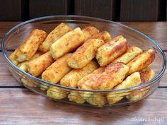 Paluszki serowo - ziemniaczane Healthy Dinner Recipes, Low Carb Recipes, Great Recipes, Cooking Recipes, Popeyes Menu, Musaka, Good Food, Yummy Food, Fast Food Chains