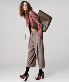 http://www.vogue.com/fashion-shows/pre-fall-2016/giorgio-armani/slideshow/collection