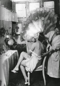 Berlin cabaret dancer in 1925