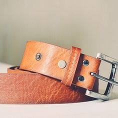 Buy Men and woman's Belts online in India. Huge range of Belts at best price at itsmybelt.com. Shop belts in leather, stretch fabric, satin and more.