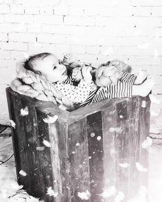 Miracles  Sleeping beauty  #newborn #babygirl #instakids #instanewborn #mylittleprincess #newbornphotography #newbornphotographer #newbornphoto #kidsphoto #blanket #purelove #baby #babyphoto #babyphotographer #newbornsession #newbornposing #studioportrait #givingbirth #childrenphoto #bw #feathers #blackandwhitephotography #fallingfeathers