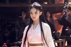 Fights Break Sphere is a Chinese TV series starring Leo Wu Lei and Lin Yun. Chinese Clothing, Oriental Fashion, Hanfu, Asian Beauty, Asian Style, Asian Girl, Victoria, Actresses, Celebrities