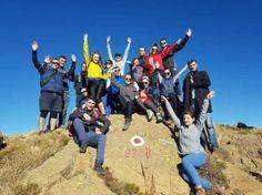 Turistë sportivë ngjiten në majat e Shebenikut