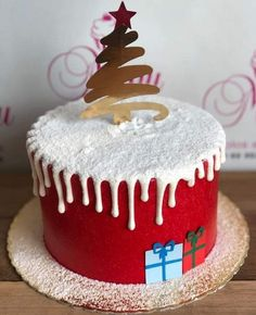Holiday Cakes, Holiday Desserts, Holiday Baking, Christmas Baking, Christmas Cupcakes Decoration, Christmas Cake Designs, Christmas Birthday Cake, Christmas Sweets, New Year's Cake