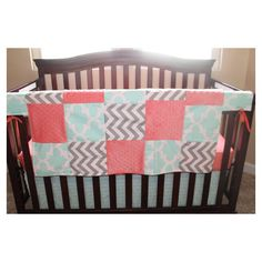 Mint Fynn Gray Chevron Coral Minky Patchwork Blanket ($45) ❤ liked on Polyvore featuring home, bed & bath, bedding, blankets, blankets & throws, grey, home & living, quilts, grey throw and chevron blanket