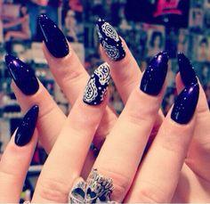 #Bandana #Nails i would do but not this sharp