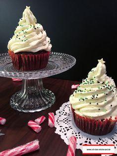 Deko-Tipps für weihnachtliche Cupcakes. Mit diesem Vanille Frosting kann nichts schiefgehen! Glutenfrei und laktosefrei.