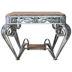 """French Art Deco Wrought Iron and Marble """"Flower"""" Table, circa 1930s 