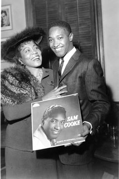 Soul singer Sam Cooke holds up his eponymous debut album as he poses for a photo with Gertrude Hall circa 1958 in Los Angeles, California. Get premium, high resolution news photos at Getty Images Sam Cooke, Black Actors, Black Celebrities, Celebs, Music Icon, Soul Music, Music Music, Black Music Artists, Billy Holiday