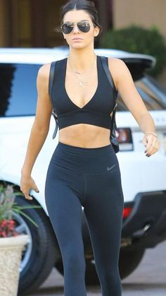 kendall in all black workout clothes