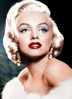 I love Marilyn Monroe, to me she is the epitome of beauty ♥