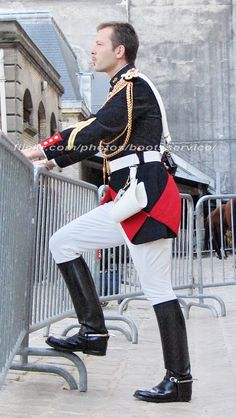 Mens High Boots, Uniform Insignia, Police, Men In Uniform, Equestrian Style, Tall Boots, Cute Shoes, Leather Men, Loafers Men