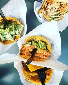 <i>Los Loros</i>: αληθινά νόστιμο street food ή μια... <b>χιψτεριά από τη Βενεζουέλα</b>;