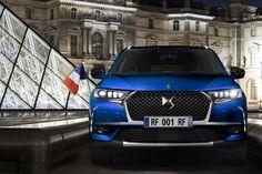 DS7 Crossback Macron 2017 bleu vue de face voiture présidentielle