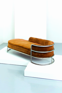 GIUSEPPE DE VIVO - Chaise longue, De Vivo 1935. Velvet tan couch @Coveteur