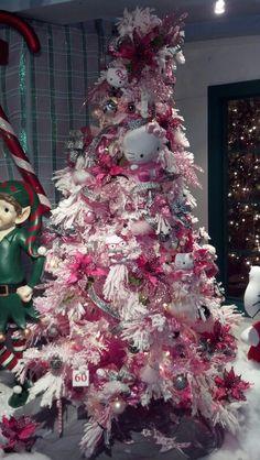Hello Kitty Christmas tree - Kraynak's