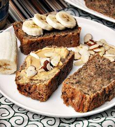 4 Ingredients Spelt & Chia Seeds Banana Bread [Vegan] | www.fussfreecooking.com