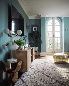 The Spring Edit: My New Favourite Discoveries For My Home — MELANIE LISSACK INTERIORS Dix Blue, Eclectic Modern, Quirky Home Decor, Blue Rooms, Room Colors, Interior And Exterior, Discovery, Living Room Decor, Sweet Home