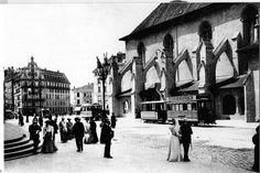 Place St. Francois : les trams sont là et les éclairages publics se partagent gaz et élecricité. ASL lausanne DR. 1882 Lausanne, Montreux, Public, Place, Vintage Posters, Switzerland, The Past, Landscapes, Louvre