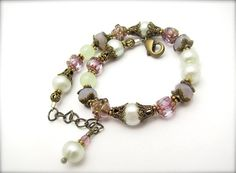 Pearl Bracelet Mint Green Pearls Lilac Glass Beads by hawaiibeads, $37.00