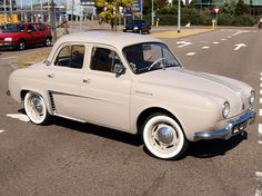 Renault Dauphine, rode to high school in one of these