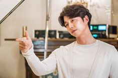 """Gong Yoo Writes Message To His Fans About His Feelings On """"Goblin's"""" Premiere 