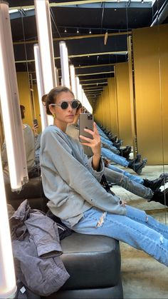 Models off duty. Celebrity Travel, Celebrity Style, Insta Photo Ideas, Models Off Duty, Unique Outfits, Model Photos, Stylish Girl, Fashion Outfits, Womens Fashion