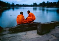 Steve McCurry, Monks on Causeway, Cambodia, 1996, C-type print on Fuji Crystal Archive paper